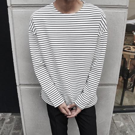 엠보 오버핏 티셔츠